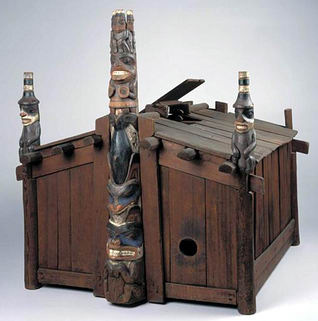 Plank Houses From Kwakiutl http://www.cathedralgrove.eu/text/07-Totem-Websites-4.htm